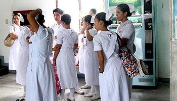 Was verdient eine Krankenschwester in der Schweiz